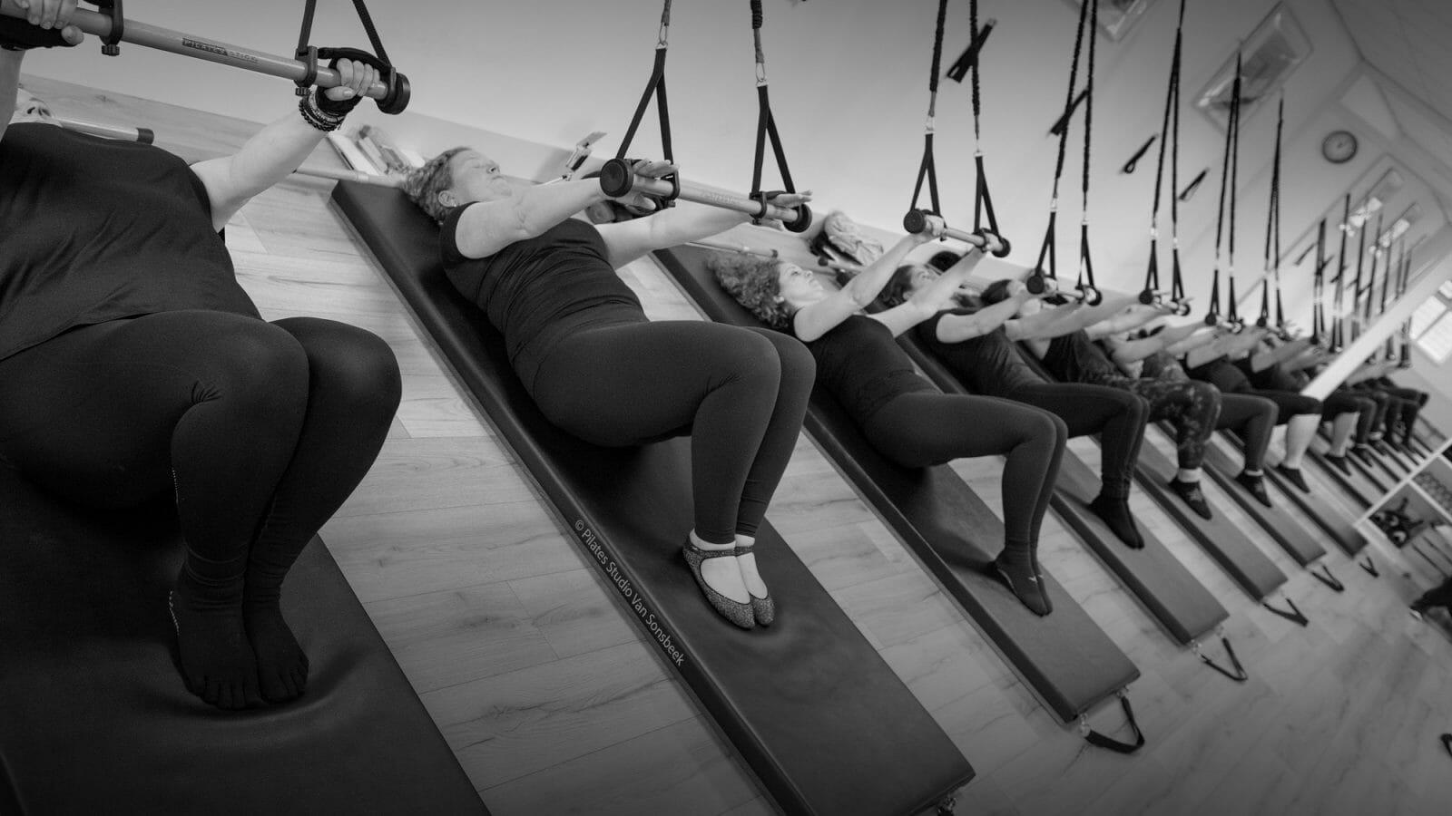 Pilatesstick connectie armen-ribbenkast-rug.