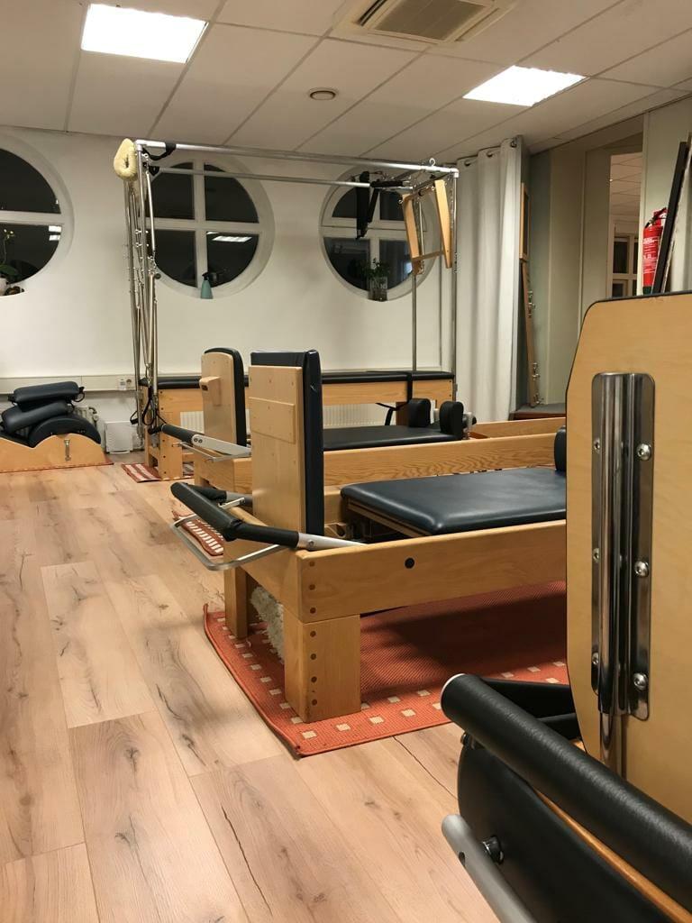 Deel van de apparatenzaal Pilates Studio van Sonsbeek