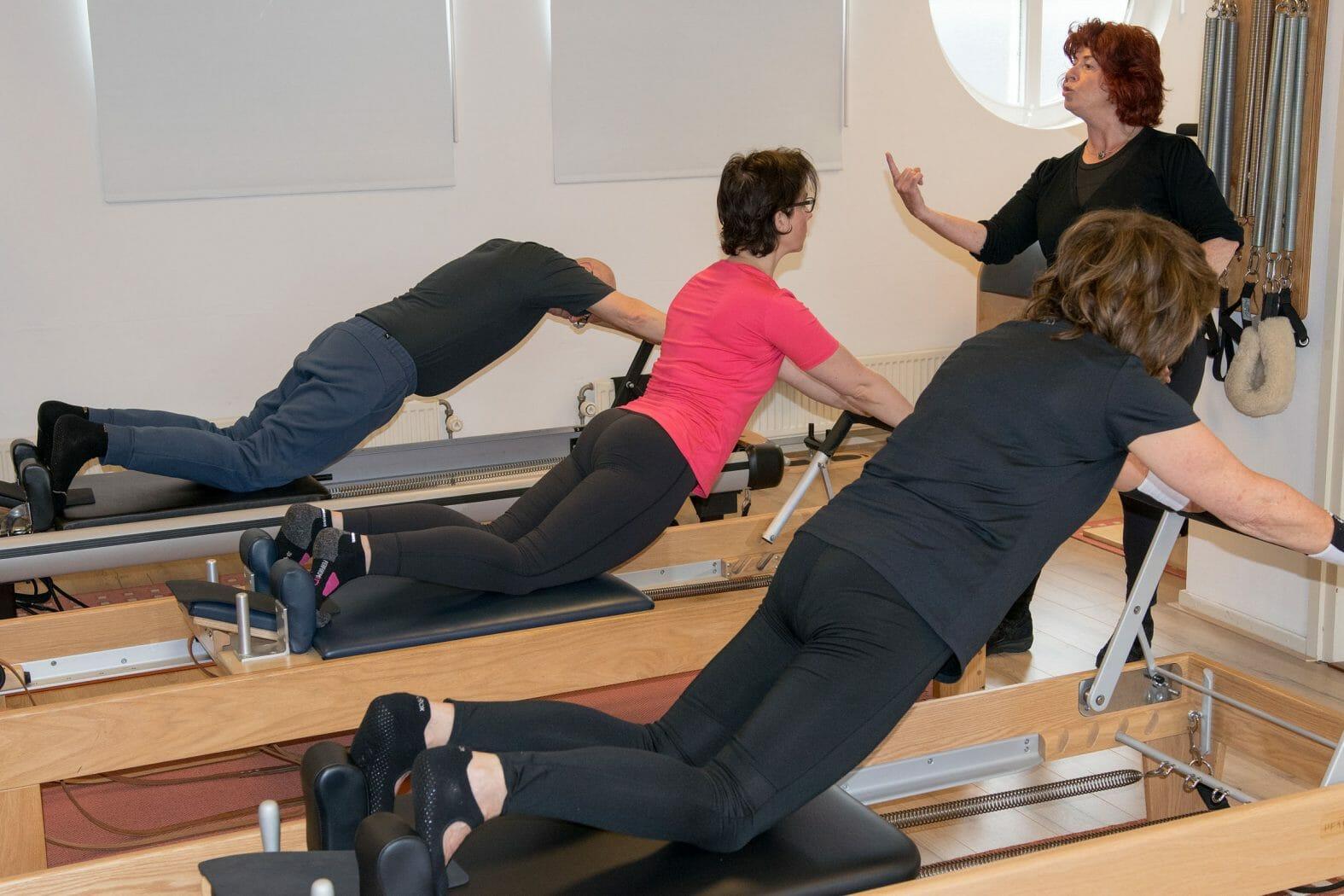 De Trio Reformer + Tower is een perfecte les voor de serieuze Pilates fan en de Pilates professional.