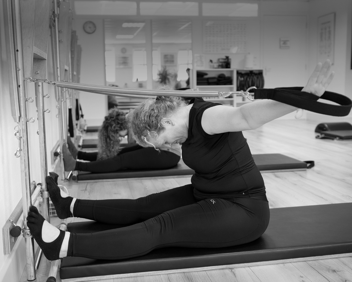 Arm Springs Rowing Serie bij Pilates Studio Van Sonsbeek