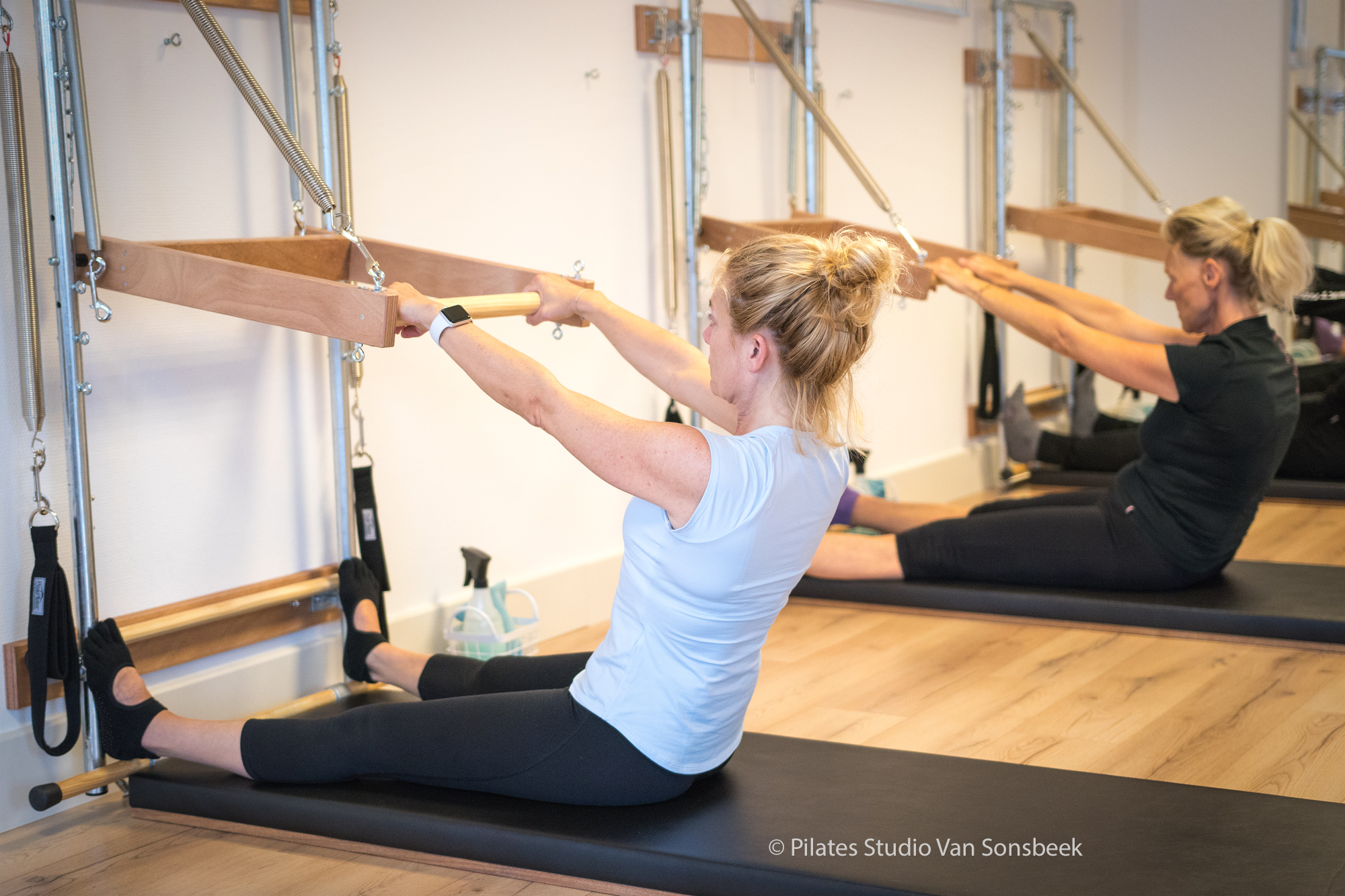 Groepslessen Wall Tower Pilates Studio Van Sonsbeek
